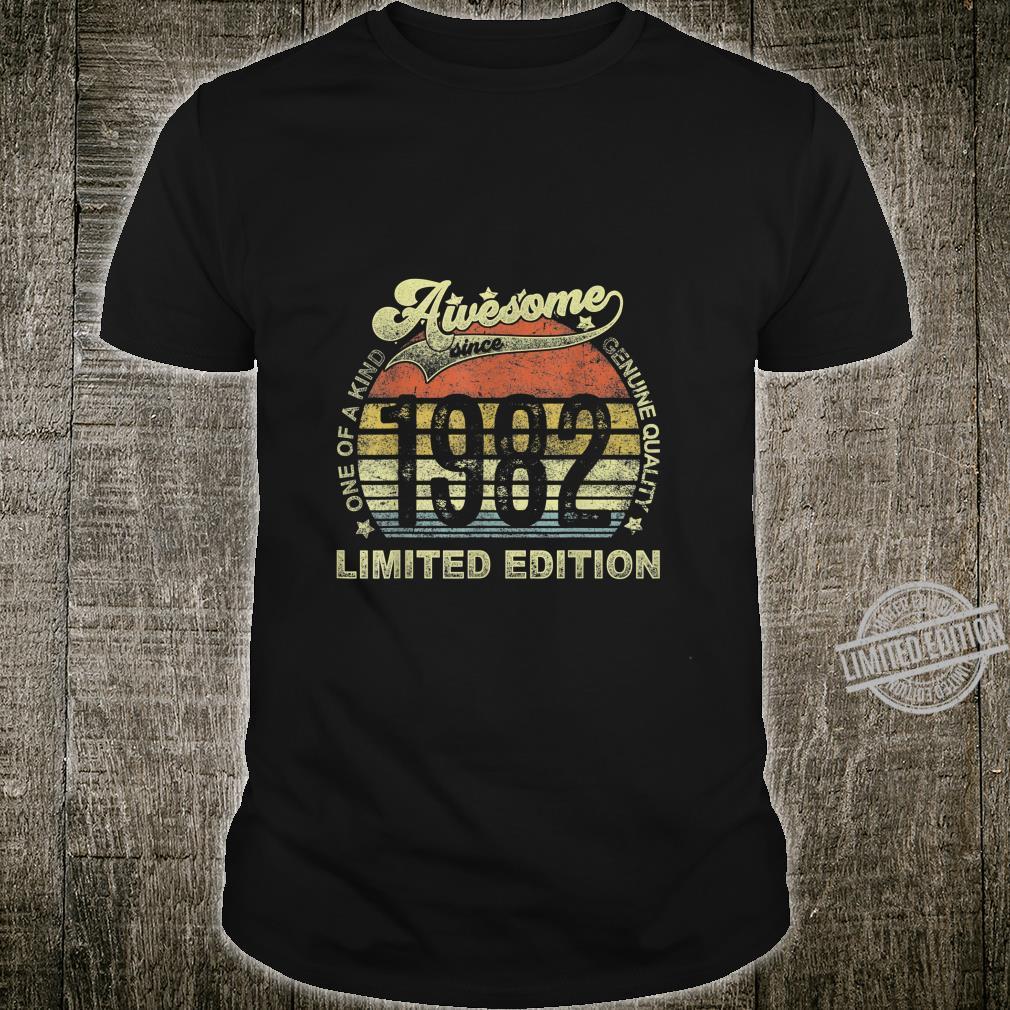 Jahrgang Retro 1982 Design ist 38 Jahre alt 38. Geburtstag Shirt